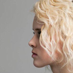 Décoloration capillaire Salon de coiffure Tarbes